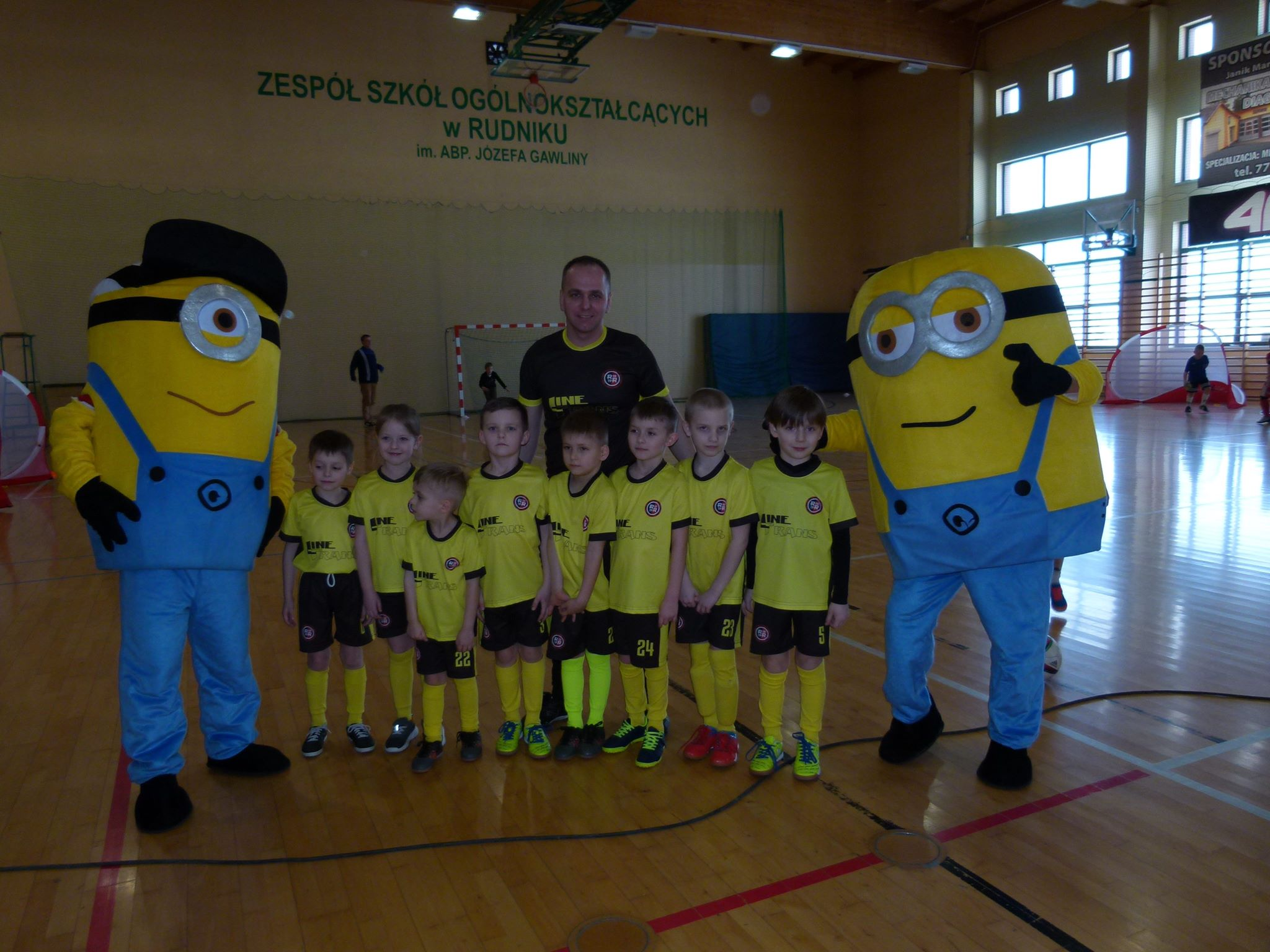 Piłkarskie Przedszkole Rymera z minionkami