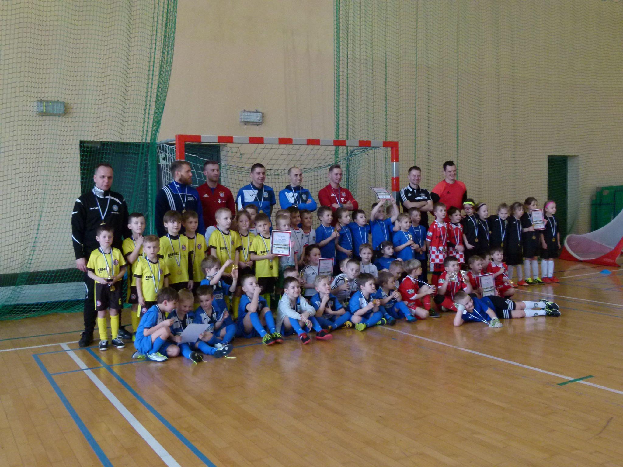 Piłkarskie Przedszkole Rymera wraz z innymi drużynami