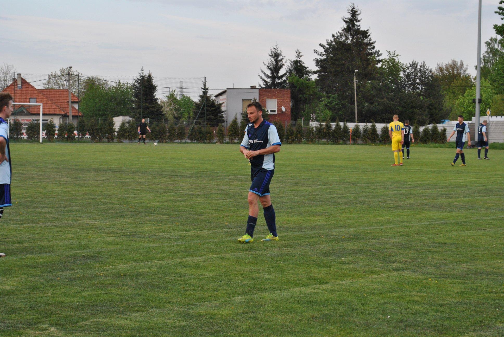 piłkarze Rymera i Jedności na murawie