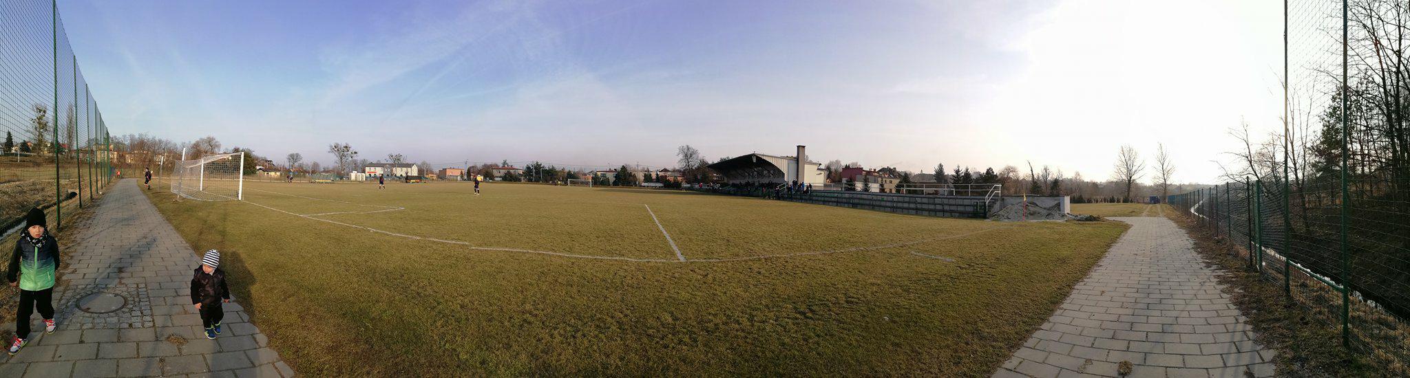 stadion i trybuna kryta Rymera