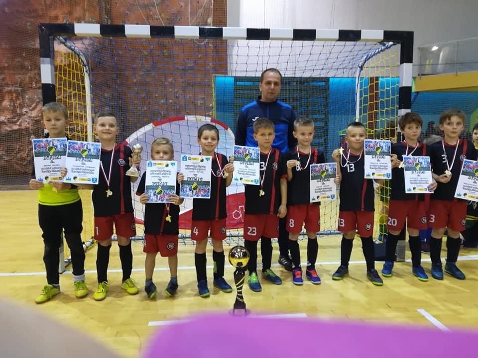 Zwycięska drużyna KS Rymer